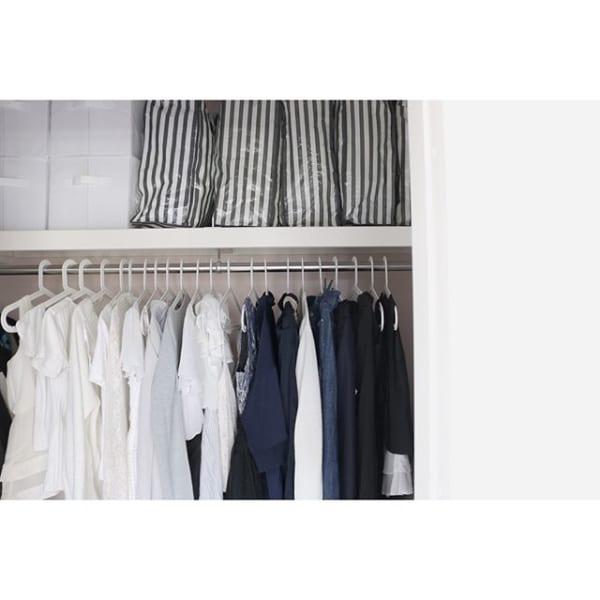 収納袋で衣替えした洋服の収納