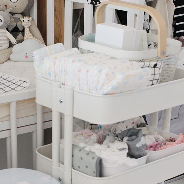 赤ちゃん リビングの収納3