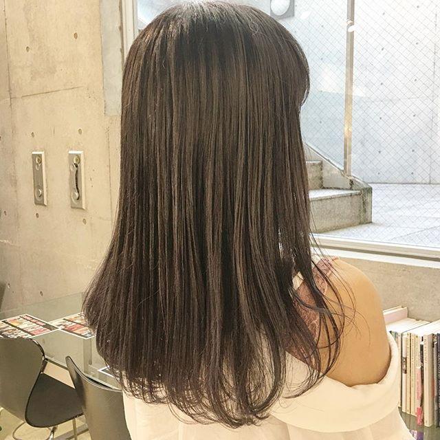 30代女性 髪色 ハイトーン4