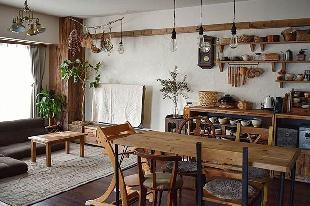 木製家具で揃える