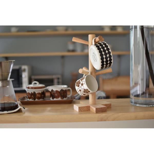 見せるカップ収納が素敵なカフェ風キッチン