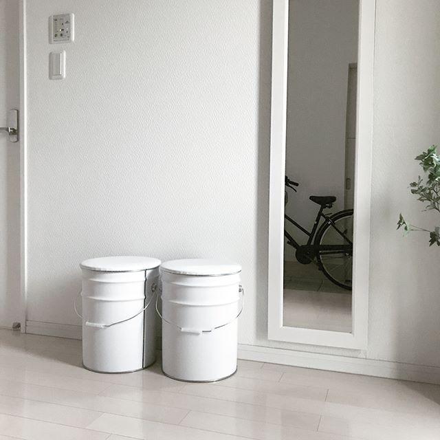 防災用品の収納グッズ②ペール缶スツール2
