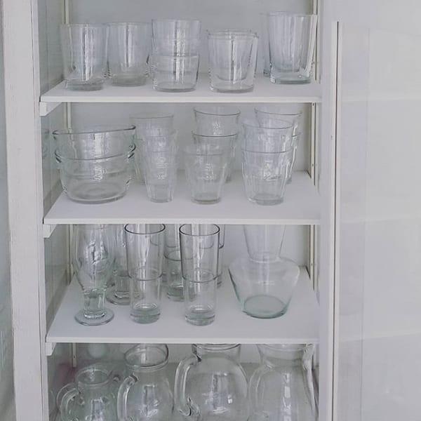 お部屋のどこかにガラス製品を2