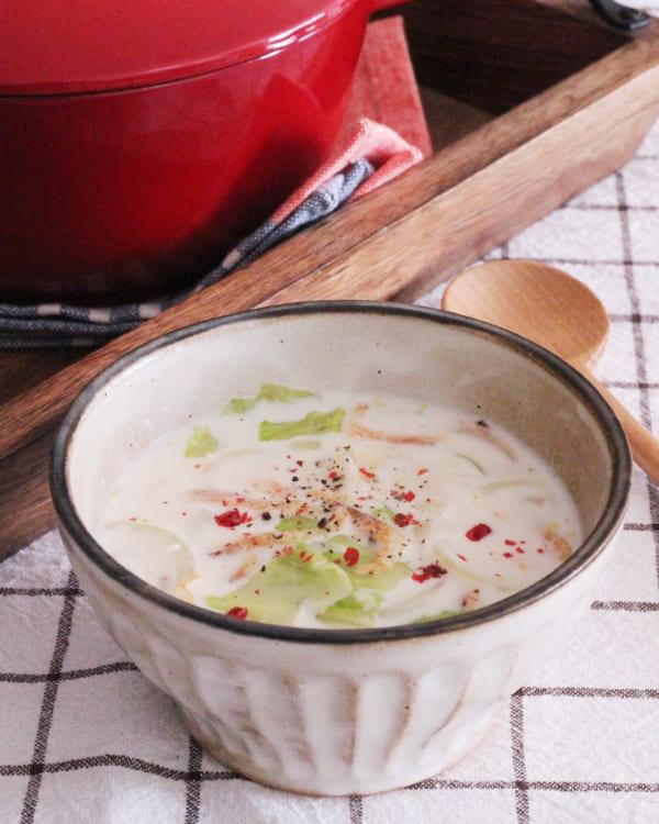 桜エビとレタスのクリームスープ