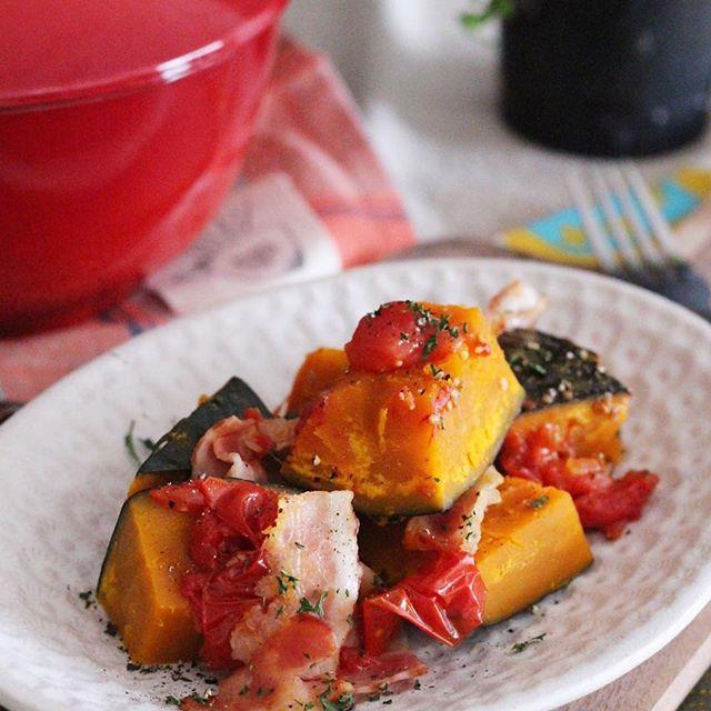 ほっこり作り置きに!かぼちゃの塩トマト煮
