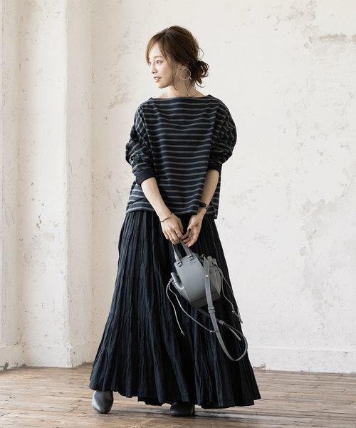 ロンTプルオーバー×マキシ丈スカート