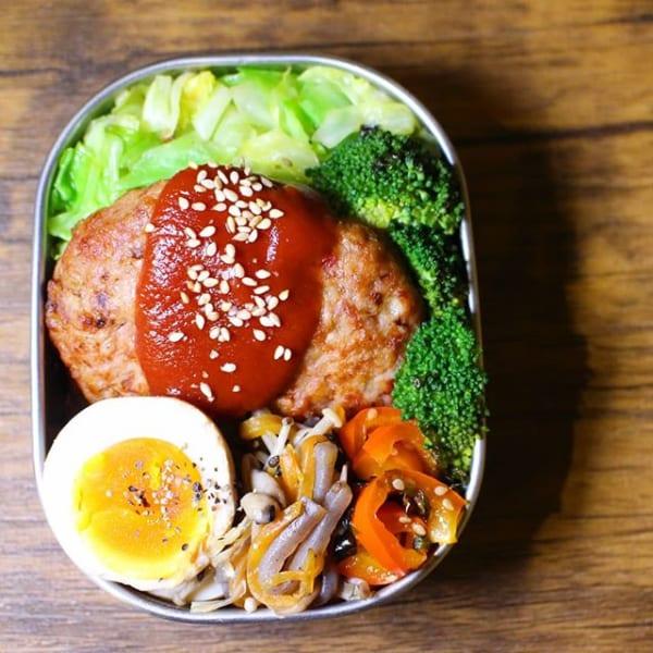 定番の人気レシピ!ハンバーグ丼弁当
