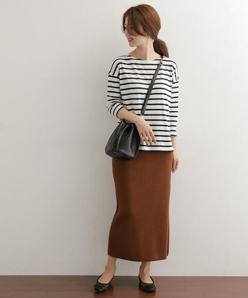 スカートを使った大人カジュアルなコーデ