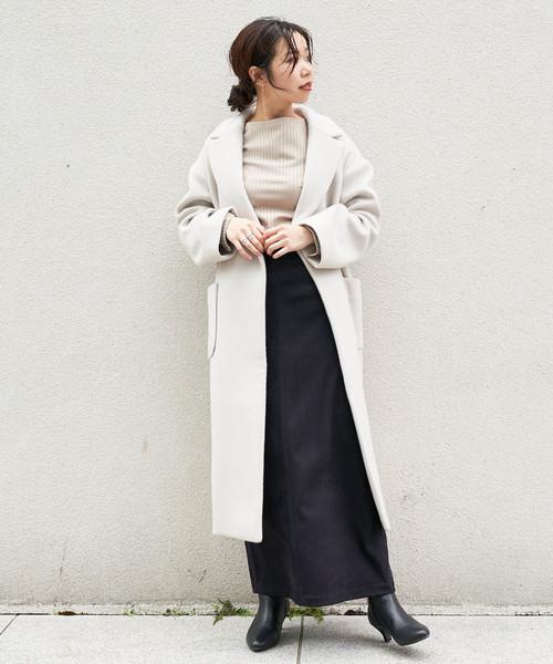 ウールコート×マキシ丈スカート