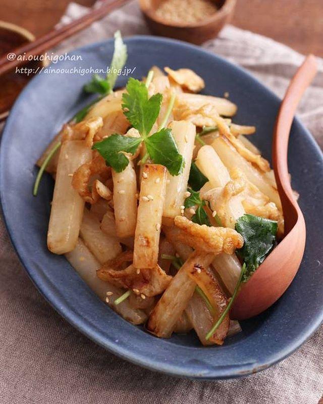 常備菜で作り置き!焼き大根と油揚げの中華炒め
