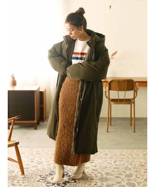 ロングダウンコート×シャギーロングスカート