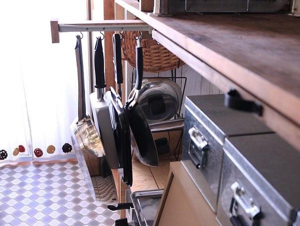 狭い部屋の収納アイデア8