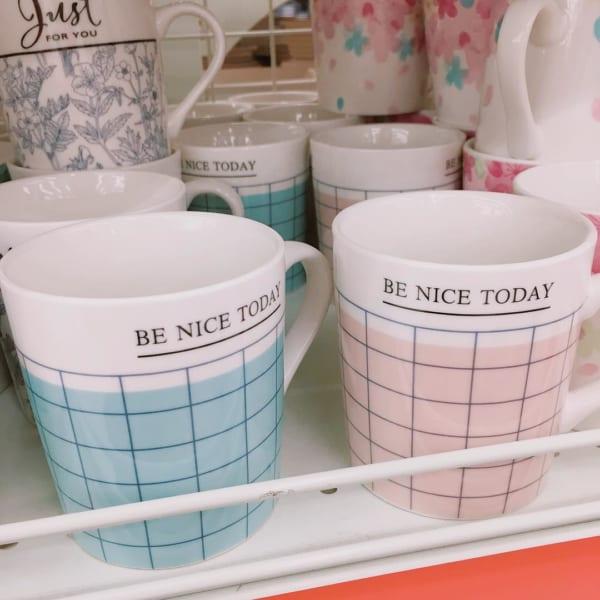 色違いでカップルにもおすすめのマグカップ