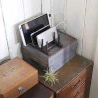 【連載】《ダイソーetc.》の材料で作ろう♪お部屋になじむブリキ風充電スタンド