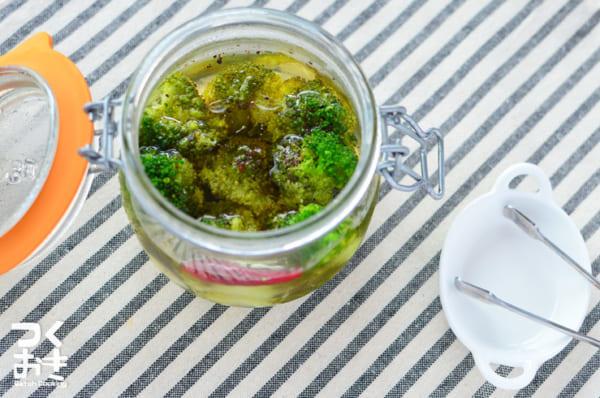 作り置きに人気レシピ!ブロッコリーのピクルス