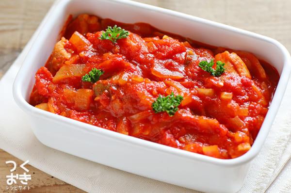 白ワイン風味がおすすめ!チキンのトマト煮込み