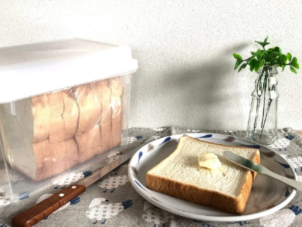 おうちで手作り派も買う派も!パンをおいしく食べるための100円グッズ