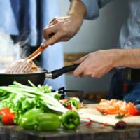 一人暮らしの自炊をラクに継続するテクニックとは?