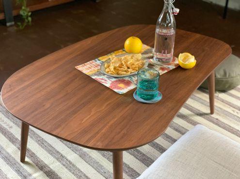 素材やデザインにこだわった魅力的なテーブル2