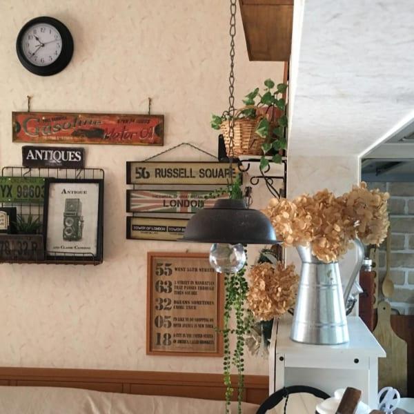 フェイクライトが魅力的なカフェ風キッチン