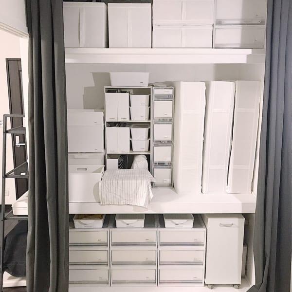 小物収納にはカラーボックス