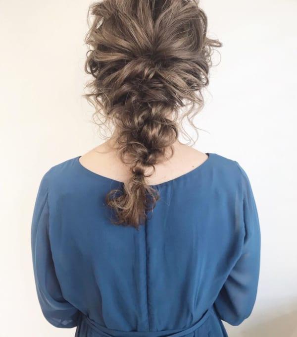 髪の動きがこなれ感を生み出すヘアスタイル
