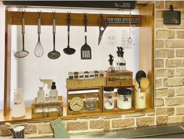 キッチンは「見せる収納」で実用性とオシャレさを両立4