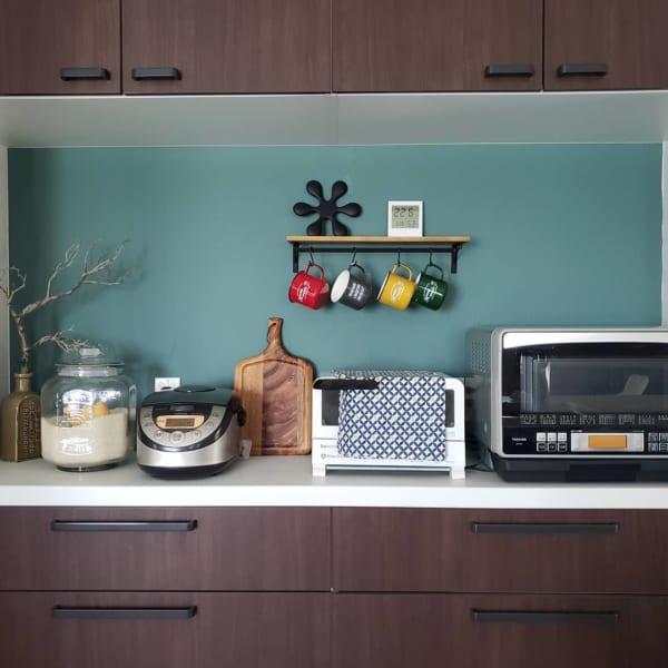 和やかで居心地の良いキッチンに6