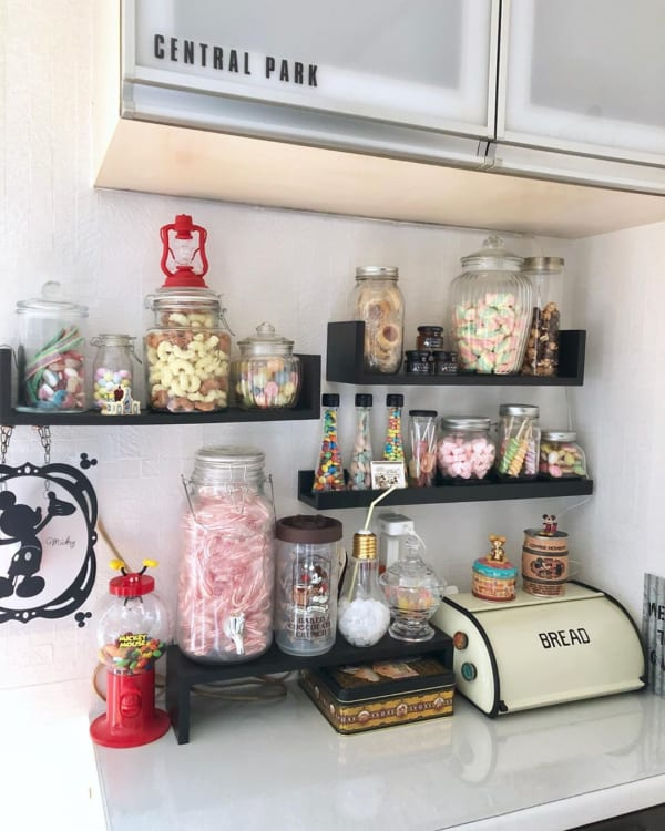 キッチンは「見せる収納」で実用性とオシャレさを両立6