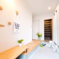 お洒落な玄関のインテリア15選☆素敵な空間づくりのポイントをご紹介♪