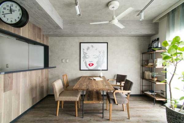 素材やデザインにこだわった魅力的なテーブル6