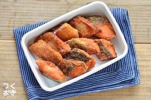 サクッと美味しいメニューに!鮭の竜田揚げ風