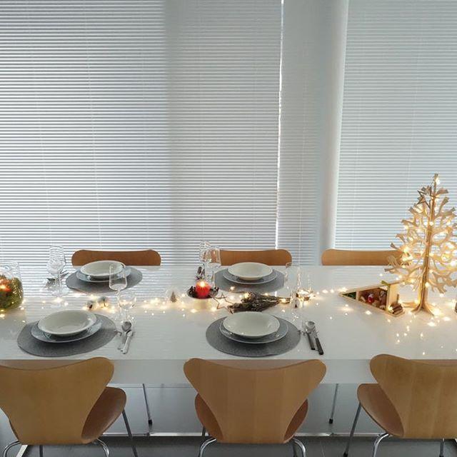 テーブルまわりのクリスマス準備も万全に♪1