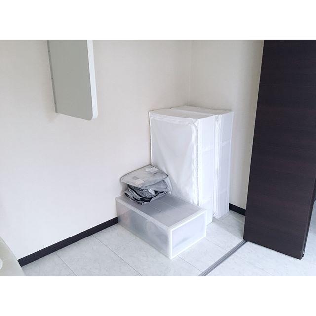 ミニマリスト 寝室 収納アイデア7