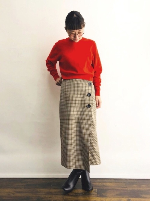 ZARAのボタン付きラップスカート