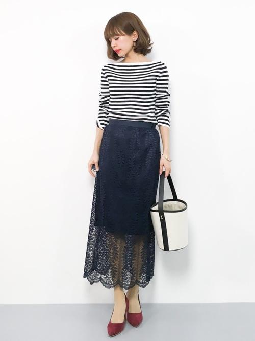 【2020春】ネイビータイトスカートの最新コーデ