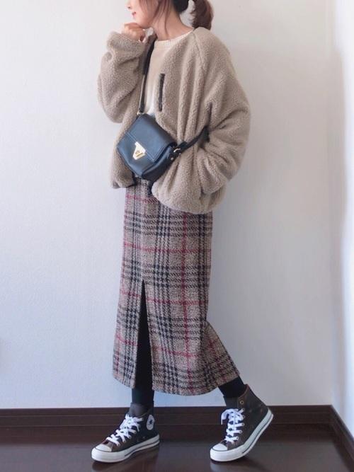 ジップボアブルゾン×チェックロングタイトスカート