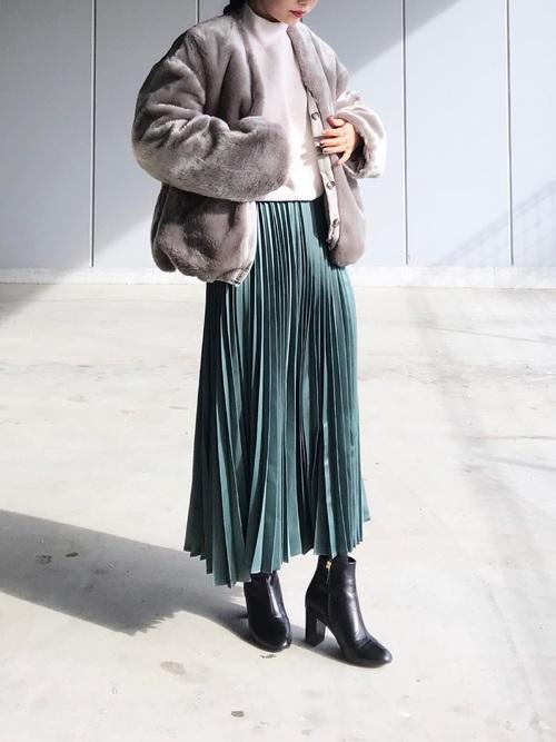 軽井沢 2月 服装 スカートコーデ