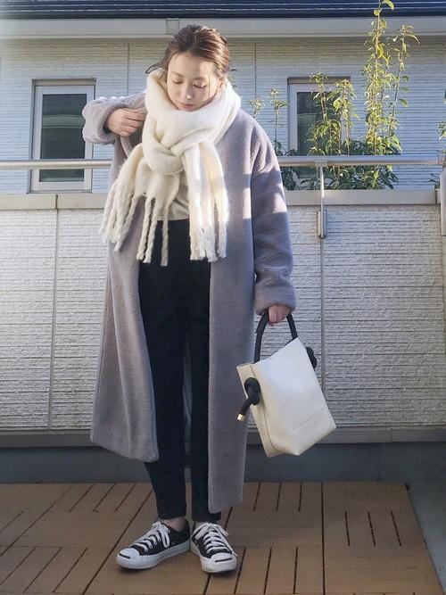 軽井沢 2月 服装 パンツコーデ