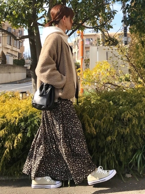 ボアブルゾン×レオパード柄ロングスカート