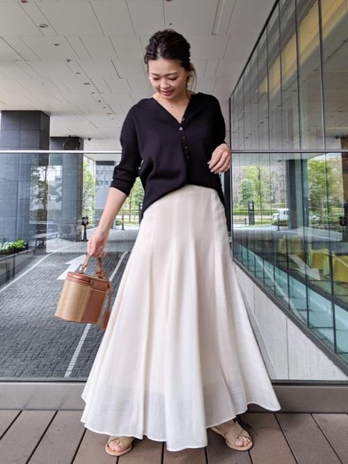 台湾 3月 服装 スカートコーデ