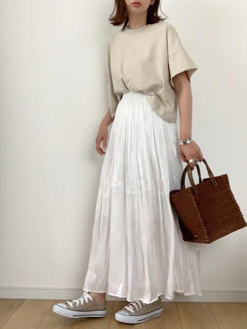 [YARD PLUS/AUNT MARIE'S] AUNT MARIE'S シャイニーサテンロングスカート