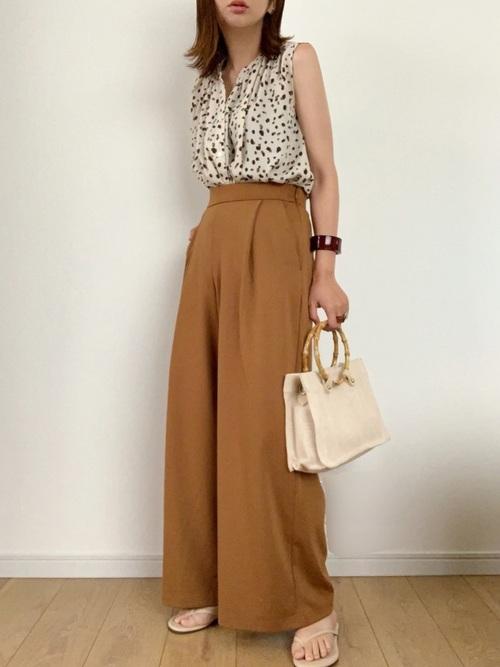【タイ】3月におすすめの服装:パンツコーデ4