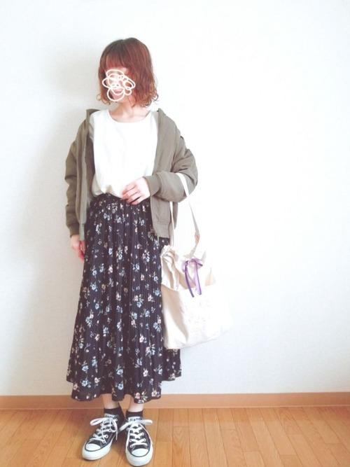 しまむらの花柄スカートコーデ17