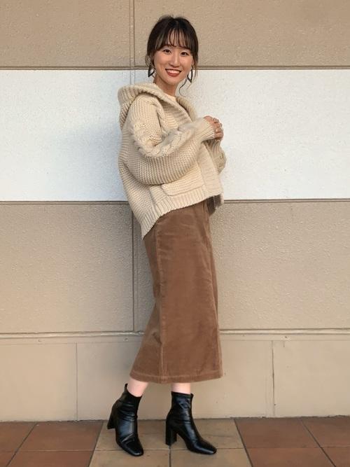 【大阪】3月におすすめの服装:スカートコーデ2