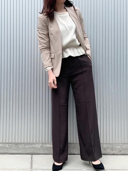 大人女性 ビジネスカジュアル 秋コーデ