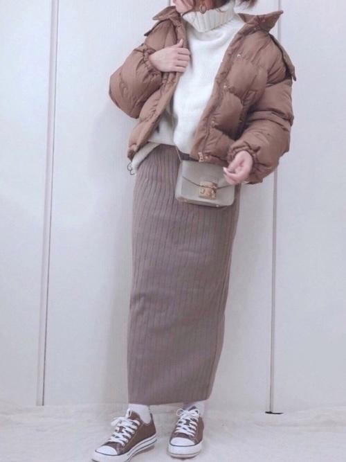 ショートダウン×リブニットスカート