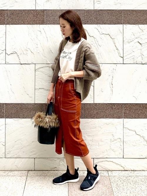 ZARAのスカート
