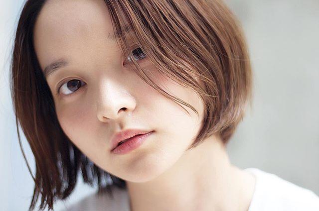 オフィスカジュアル ショート 髪型