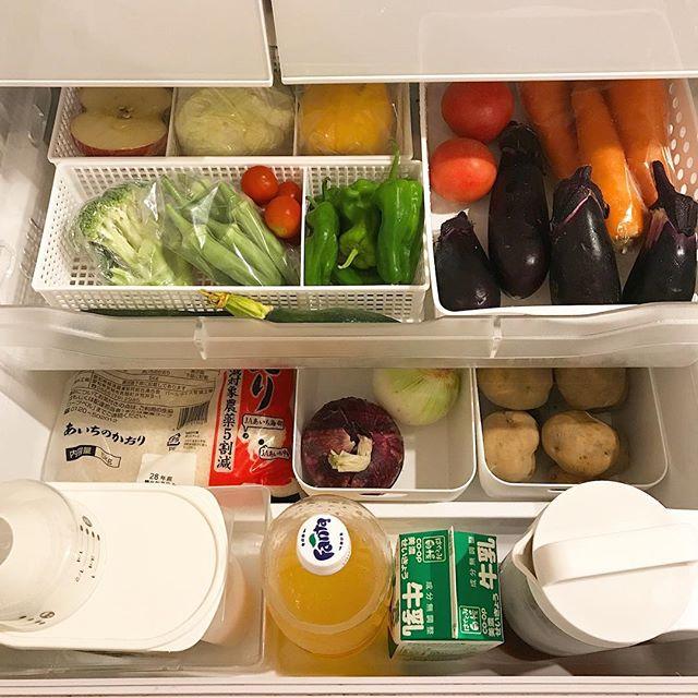 仕切り付きケースで使いかけ野菜を美しく整理